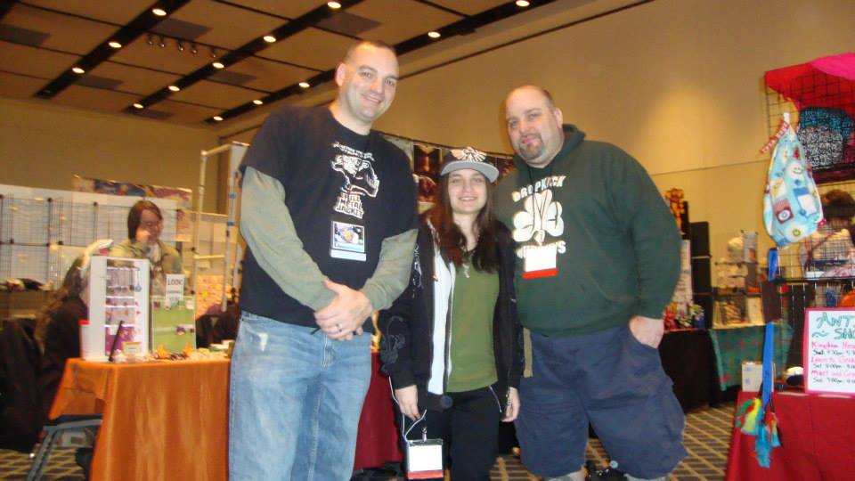 Jason Lenox with Cannibal Family at Setsucon